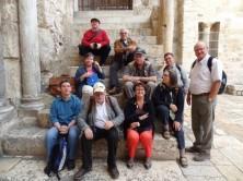 Gruppenbild_vor der Grabeskirche