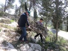 Effiziente Teamwork von Vater und Sohn