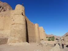 mächtige Mauern des Katharinenklosters