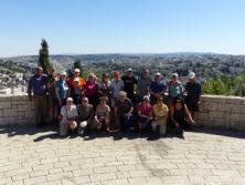 Gruppenbild mit Blick auf Jersualem