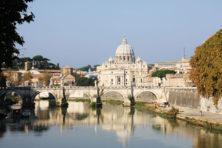 Blick auf Tiber und Vatikan