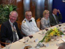 Diner mit Dr Emrich und Kapitän