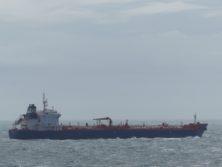 Transportschiffe als Nachbarn
