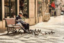 Im Altstadtviertel von Lissabon – Biblische Reisen