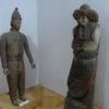 Auch diese geschnitzten Figuren wurden als Bienenstöcke genutzt